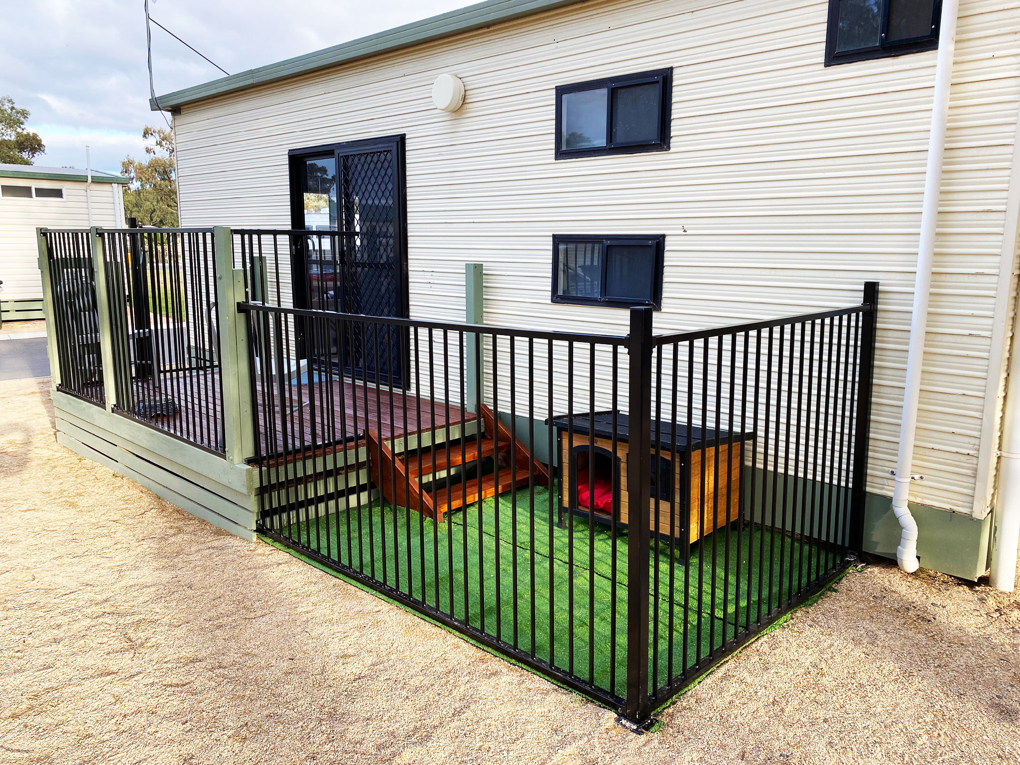 Exterior Pet Cabin